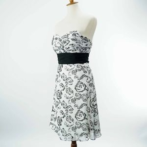 White House Black Market 100% Silk Floral Dress